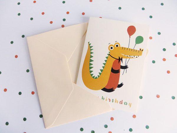 Wenskaart-krokodil-in-envelop