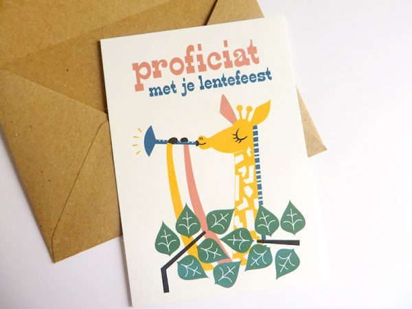 Giraf-speelt-deuntje-Wenskaart-communie-lentefeest-6