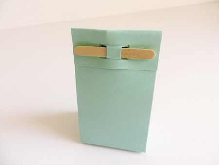 Staand doosje met stokje doopsuiker