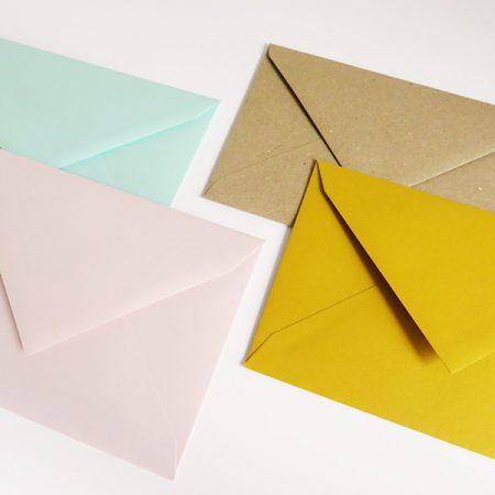 Envelop roos muntgroen gerecycleerd geel